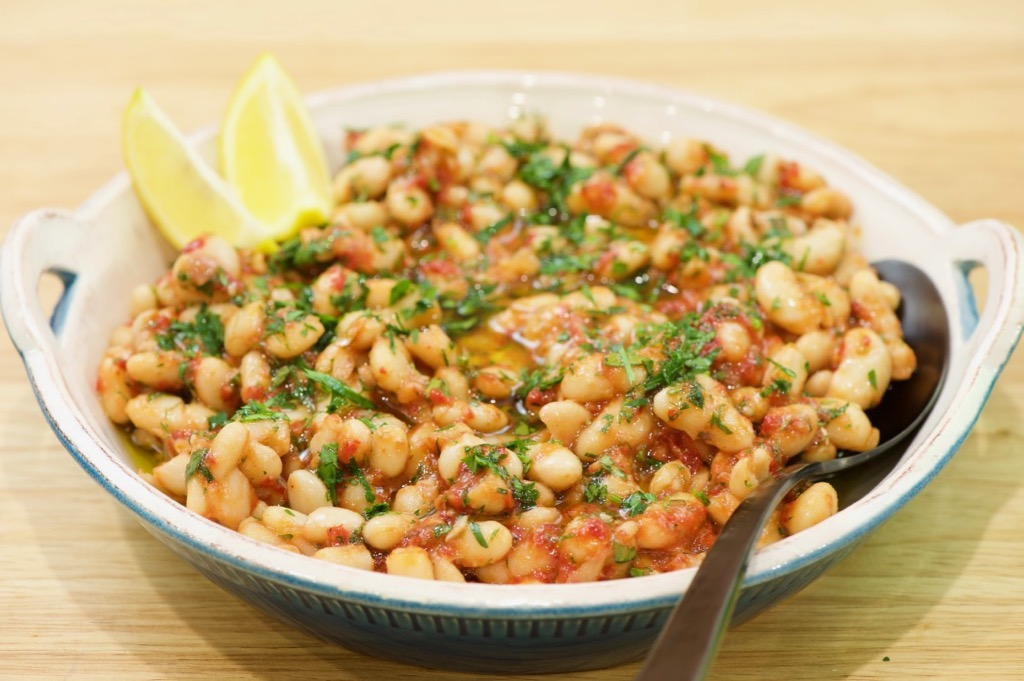 white bean salad (سلطة فاصوليا بيضاء)