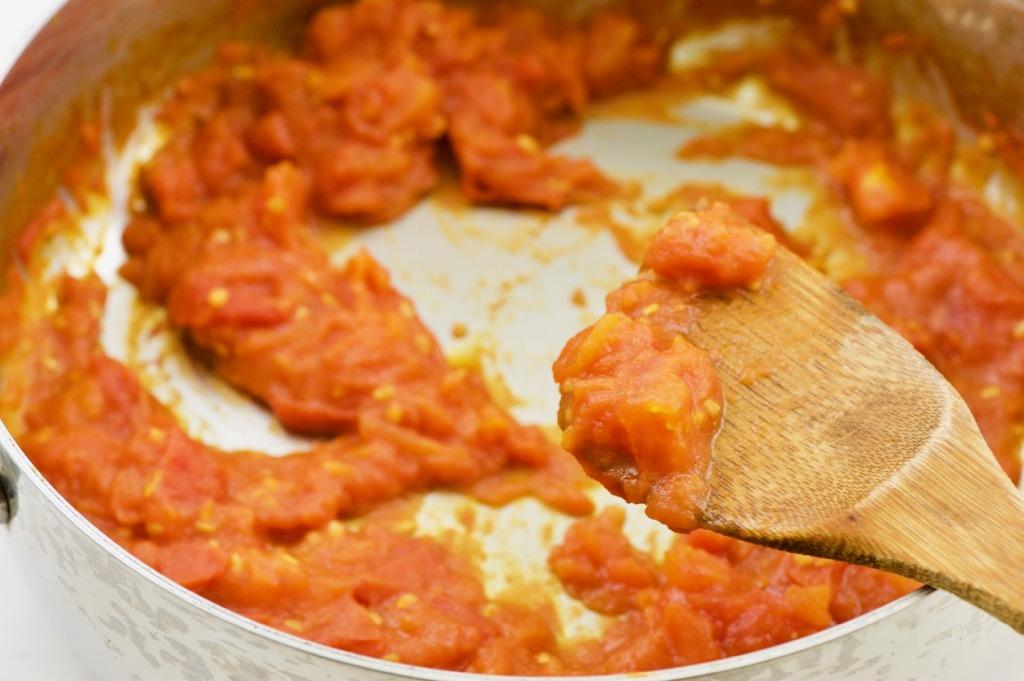cooked tomato puree